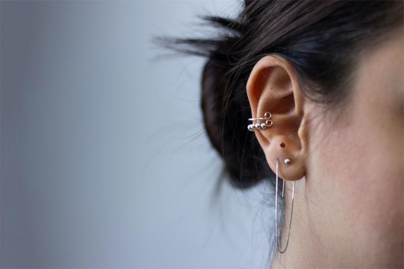 nốt ruồi ở tai